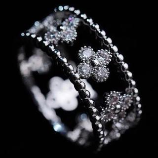 【SWAROVSKI】『金属アレルギー対応』四つ葉 指輪(リング(指輪))