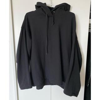 UNIQLO - UNIQLO ユニクロ パーカー 黒 ブラック XL