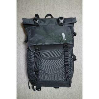 スーリー(THULE)の【超美品】Thule Covert DSLR Rolltop Backpack(ケース/バッグ)