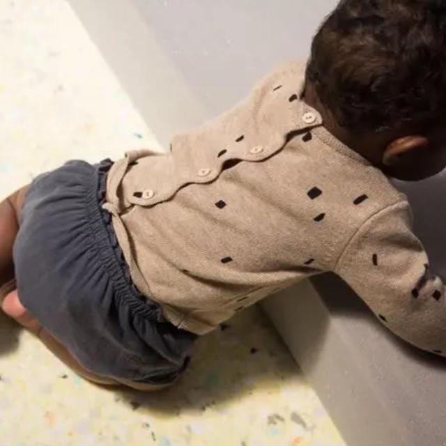 こども ビームス(コドモビームス)の12-18m♥mini sibling セーター カーディガン キッズ/ベビー/マタニティのベビー服(~85cm)(カーディガン/ボレロ)の商品写真