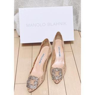マノロブラニク(MANOLO BLAHNIK)のMANOLO BLAHNIKハンギシピンキーベージュレース 37ハーフ(ハイヒール/パンプス)