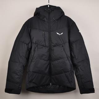パタゴニア(patagonia)のサレワSalewaメンズEU48M黒 ダウン 中綿ジャケット プリマロフト 新品(ダウンジャケット)