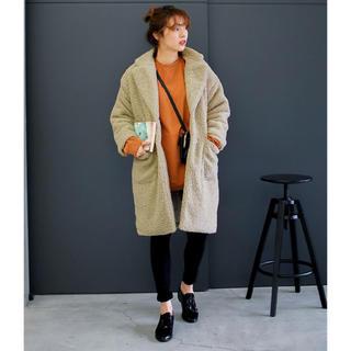 プードルボアロングコート(ボア素材長袖フロントボタンサイドポケット付長袖コート)(その他)