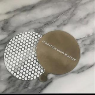 ルイヴィトン(LOUIS VUITTON)のパリ限定!Fondation Louis Vuitton ポケットミラー☆(ミラー)