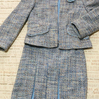 ローラアシュレイ(LAURA ASHLEY)のローラアシュレイ 襟なしスーツ上下と共布のコサージュ(スーツ)