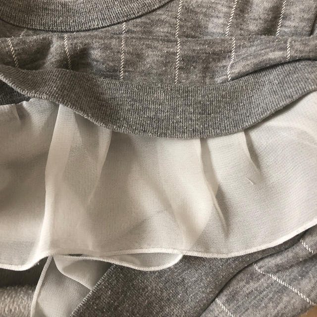 MPS(エムピーエス)のライトオン  120 グレートレーナー 使用感あり フリル リボン キッズ/ベビー/マタニティのキッズ服女の子用(90cm~)(Tシャツ/カットソー)の商品写真