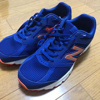 ニューバランス(New Balance)のNewBalance(ブルー/オレンジ)【Men's/25.0/新品】2/20迄(スニーカー)