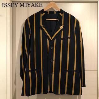 イッセイミヤケ(ISSEY MIYAKE)のISSEY MIYAKE  イッセイミヤケ   テーラードジャケット(テーラードジャケット)