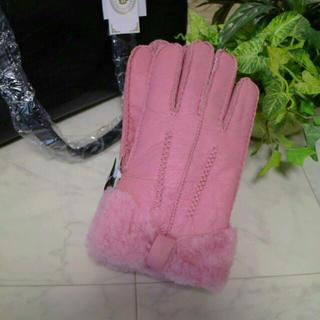 羊革🌸新品★🌸最終値下げ🌸ムートン手袋 ピンク色 リボン★本革★(手袋)