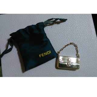 FENDI - FENDI ゴールド チャーム