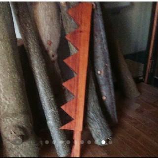 木製ノコギリ剣(レベル2)(小道具)