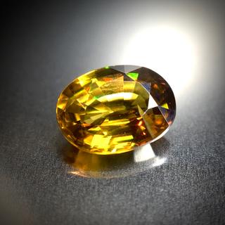 贅沢なファイアの煌めき 1ct UP 天然 スフェーン ルース(リング(指輪))
