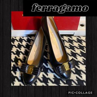 Ferragamo - 正規品꙳★美品ferragamoフェラガモ✧︎ヴァラパンプス✧︎フェラガモ靴