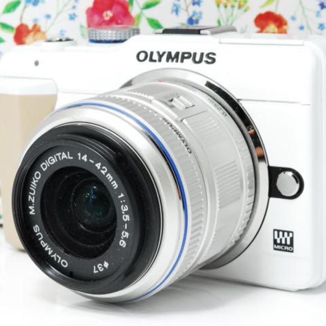 OLYMPUS(オリンパス)の❤超かわいい❤PEN E-PL1s ホワイト❤スマホに転送❤大人気❤ スマホ/家電/カメラのカメラ(ミラーレス一眼)の商品写真