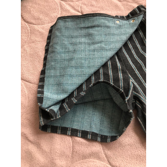 GU(ジーユー)のキャロット スカート チャコールグレー キッズ/ベビー/マタニティのキッズ服女の子用(90cm~)(スカート)の商品写真