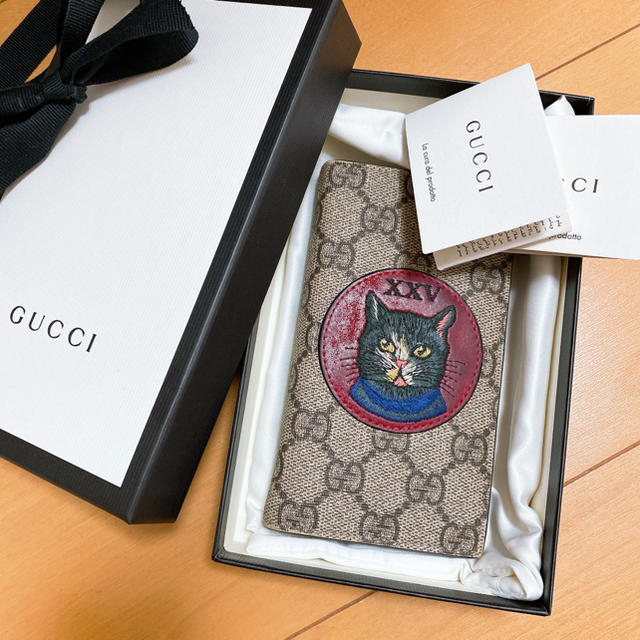 Iphone8 シンプソンズ ケース / Gucci - GUCCI iPhoneケースの通販