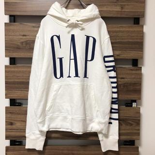 ギャップ(GAP)のGAP ホワイトパーカー 袖ロゴ(パーカー)