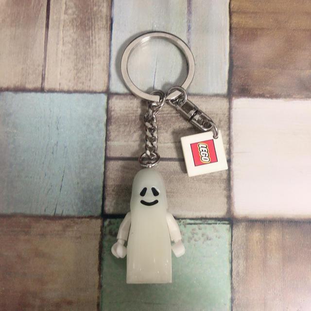 Lego(レゴ)の【送料込】LEGO レゴ 幽霊 おばけ キーホルダー エンタメ/ホビーのおもちゃ/ぬいぐるみ(その他)の商品写真