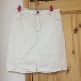 シマムラ(しまむら)の白スカート(ひざ丈スカート)