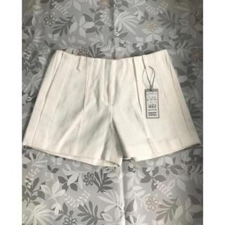 カルバンクライン(Calvin Klein)の☆タグ付き新品カルバンクライン 上品可愛いショートパンツ(ショートパンツ)