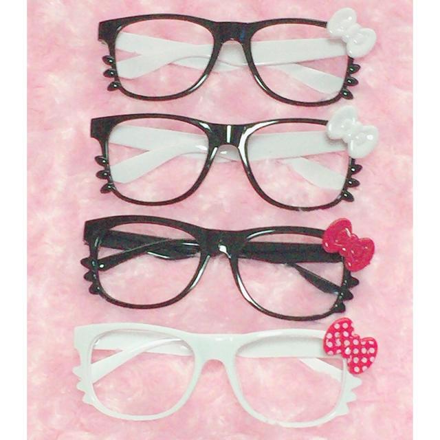 ハローキティ(ハローキティ)のキティちゃん風 伊達眼鏡 レンズなし レディースのファッション小物(サングラス/メガネ)の商品写真