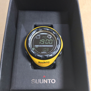 スント(SUUNTO)のSUUNTO VECTOR スント・ベクター・イエロー(廃盤モデル)(腕時計(デジタル))