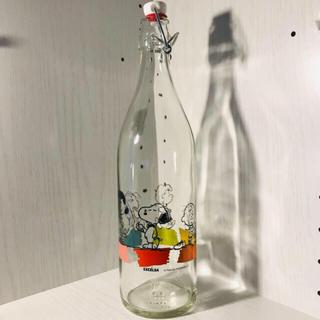 PEANUTS - イタリア EXCELSA スヌーピー ウォーターボトル【新品】ガラス1000ml