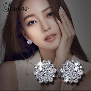 HARRY WINSTON - 【高品質】レディース フラワーモチーフ 最高級人工ダイヤモンド ピアス