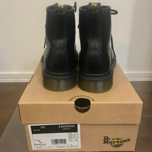 Dr.Martens(ドクターマーチン)のDr.Martens 6ホール UK5 レディースの靴/シューズ(ブーツ)の商品写真