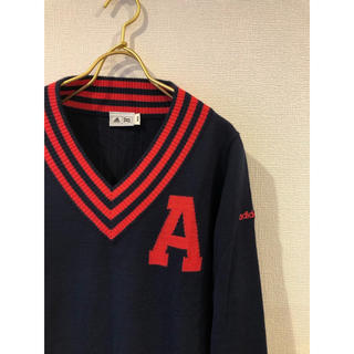 アディダス(adidas)の美品 アディダス Vネック ゴルフ ニットセーター Aロゴ ネイビー Mサイズ(ニット/セーター)