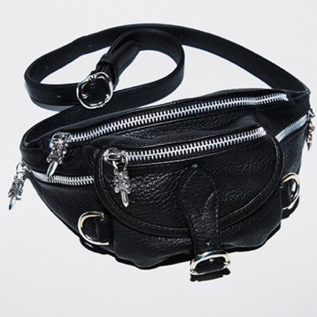 Chrome Hearts(クロムハーツ)のCHROME HEARTS MINI SNAT BAG BLACK  メンズのバッグ(ショルダーバッグ)の商品写真