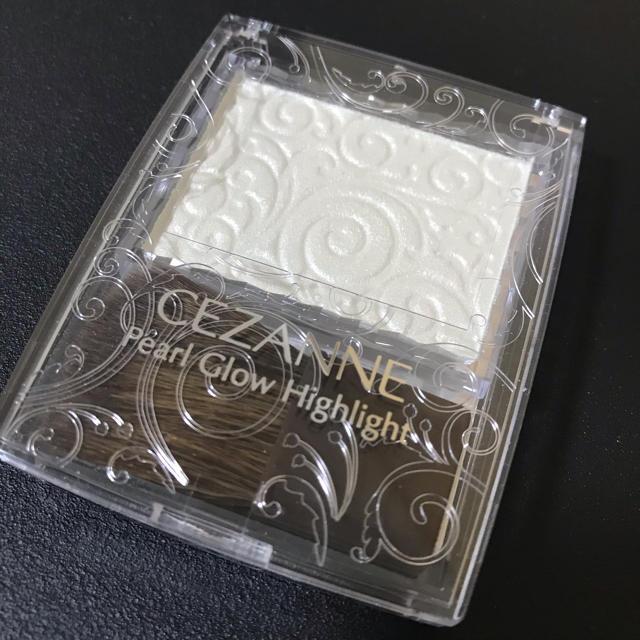 CEZANNE(セザンヌ化粧品)(セザンヌケショウヒン)のセザンヌ パールグロウハイライト03 コスメ/美容のベースメイク/化粧品(フェイスカラー)の商品写真