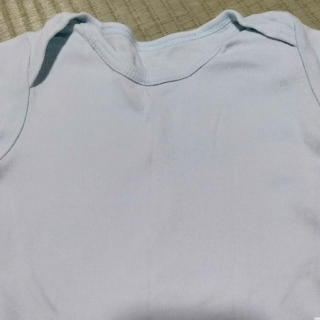 UNIQLO(ユニクロ)のユニクロ 半袖ロンパース95 肌着 キッズ/ベビー/マタニティのキッズ服男の子用(90cm~)(下着)の商品写真