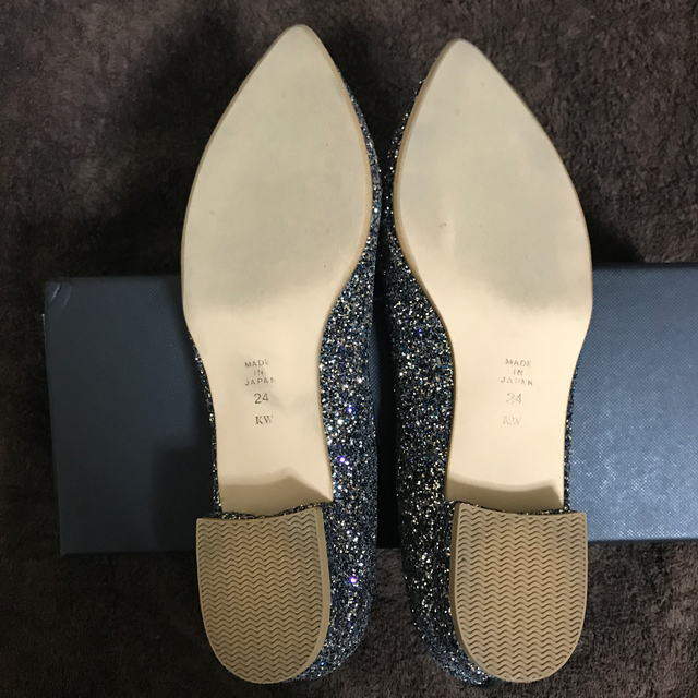 DIANA(ダイアナ)のダイアナ グリッター ローヒールパンプス レディースの靴/シューズ(ハイヒール/パンプス)の商品写真