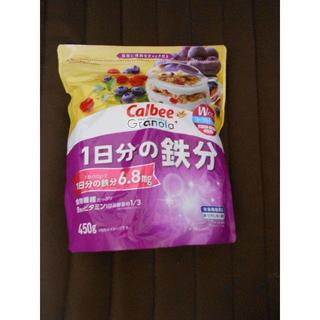 カルビー(カルビー)の【新品送料込】カルビー グラノーラプラス 1日分の鉄分 450g(その他)