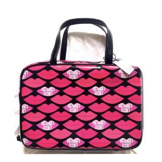 Victoria's Secret - 新品 キスマーク トラベルバッグ トラベルポーチ バニティ コスメバッグ