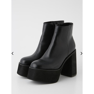 SLY - SLY CHUNK SOLE BOOTS