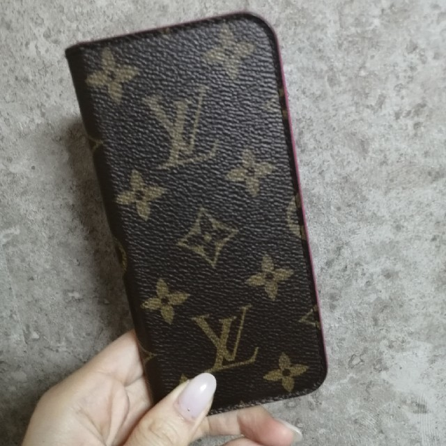 LOUIS VUITTON - LOUIS VUITTON★iPhoneケースの通販