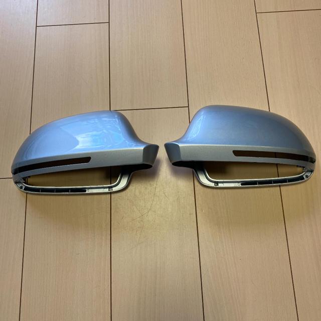 AUDI(アウディ)のアウディ純正左右ミラー 自動車/バイクのバイク(パーツ)の商品写真