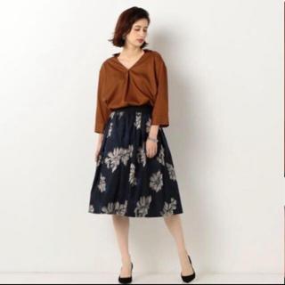 ジュエルチェンジズ(Jewel Changes)のジュエルチェンジズ ジャガード刺繍スカート ik9(ひざ丈スカート)