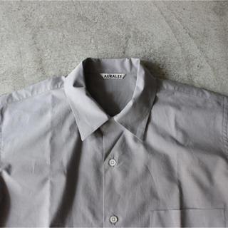 コモリ(COMOLI)の2017ss AURALEE オープンカラーシャツ(シャツ)