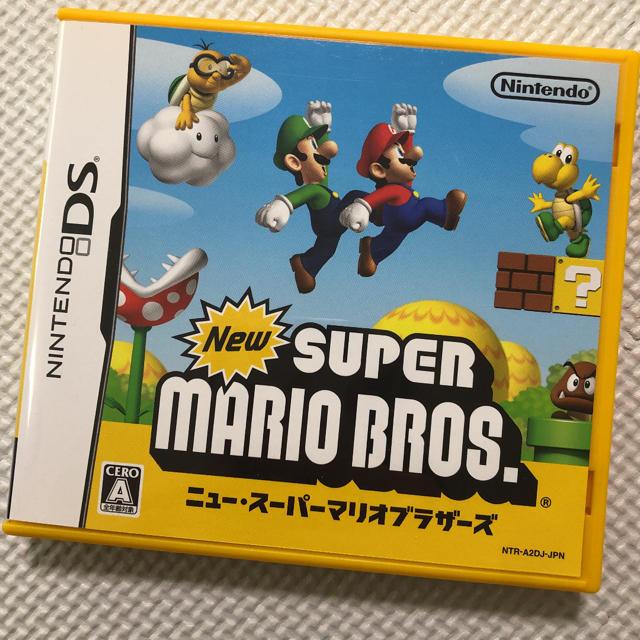 ニンテンドーDS(ニンテンドーDS)のNew スーパーマリオブラザーズ DS エンタメ/ホビーのゲームソフト/ゲーム機本体(携帯用ゲームソフト)の商品写真