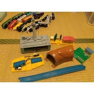 タカラトミー(Takara Tomy)のプラレール スカイツリー駅 トンネル レール 橋脚 他(鉄道模型)