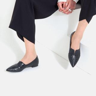 マミアン(MAMIAN)のマミアン ポインテッドトゥ ドレスシューズ ブラッククロコ(ローファー/革靴)