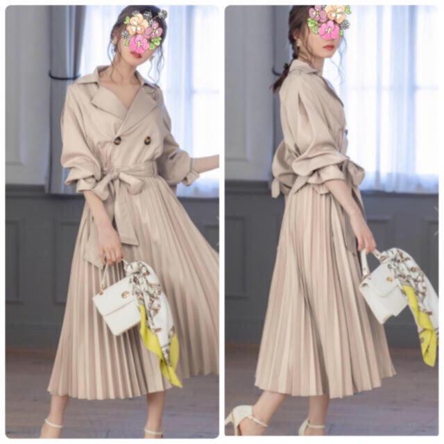 新品 プリーツ トレンチコート 春コート ベージュ  レディースのジャケット/アウター(ロングコート)の商品写真