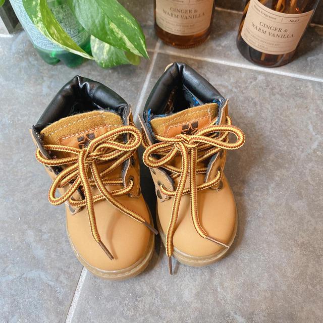 新品未使用マウンテンブーツ キッズ/ベビー/マタニティのベビー靴/シューズ(~14cm)(ブーツ)の商品写真