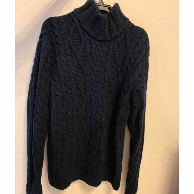 mystic(ミスティック)のmystic HIGHLA  ケーブルニットセーター 紺色   レディースのトップス(ニット/セーター)の商品写真