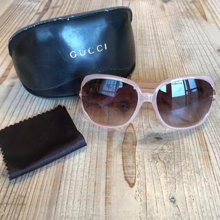 Gucci - 美品 GUCCI サングラス 薄ピンク ケースあり