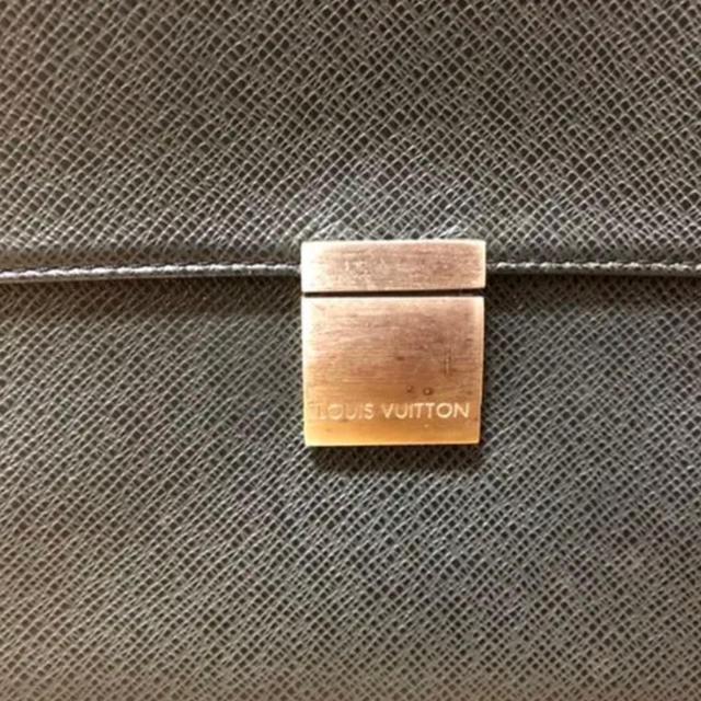 LOUIS VUITTON(ルイヴィトン)の値下げ LOUIS VUITTON ルイヴィトン  メンズのバッグ(ビジネスバッグ)の商品写真