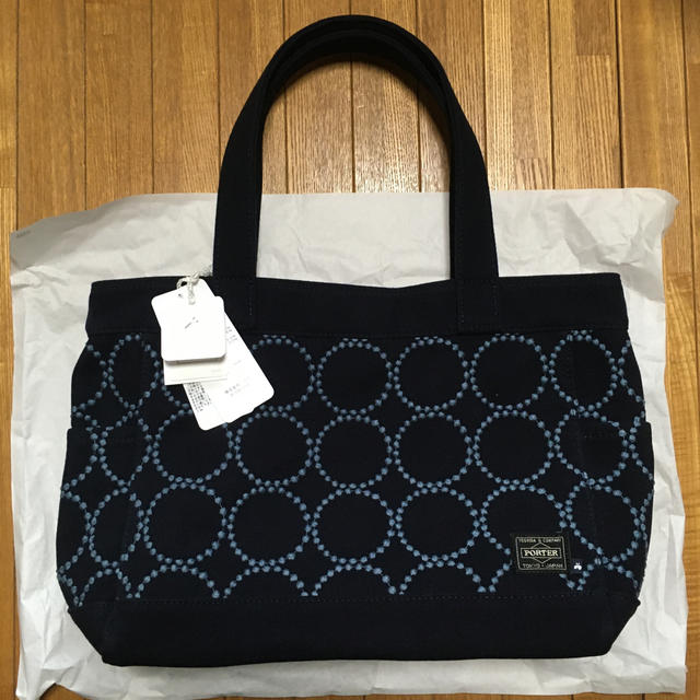 mina perhonen(ミナペルホネン)のミナペルホネン ポーター トートバッグ porter レディースのバッグ(トートバッグ)の商品写真